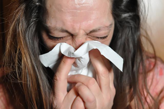 Was tun bei Halsschmerzen?